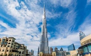 Recent Coke and Samsung ads in the UAE hit the heights with Burj Khalifa launch